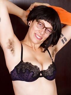 Hairy Women Undressing Pics