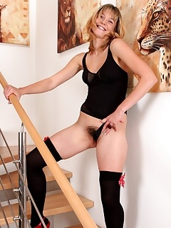 Hairy Wife Pussy Pics