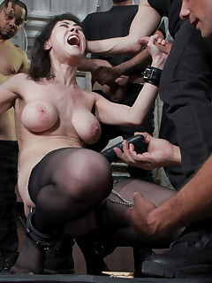 Hairy Women Gangbang Pics